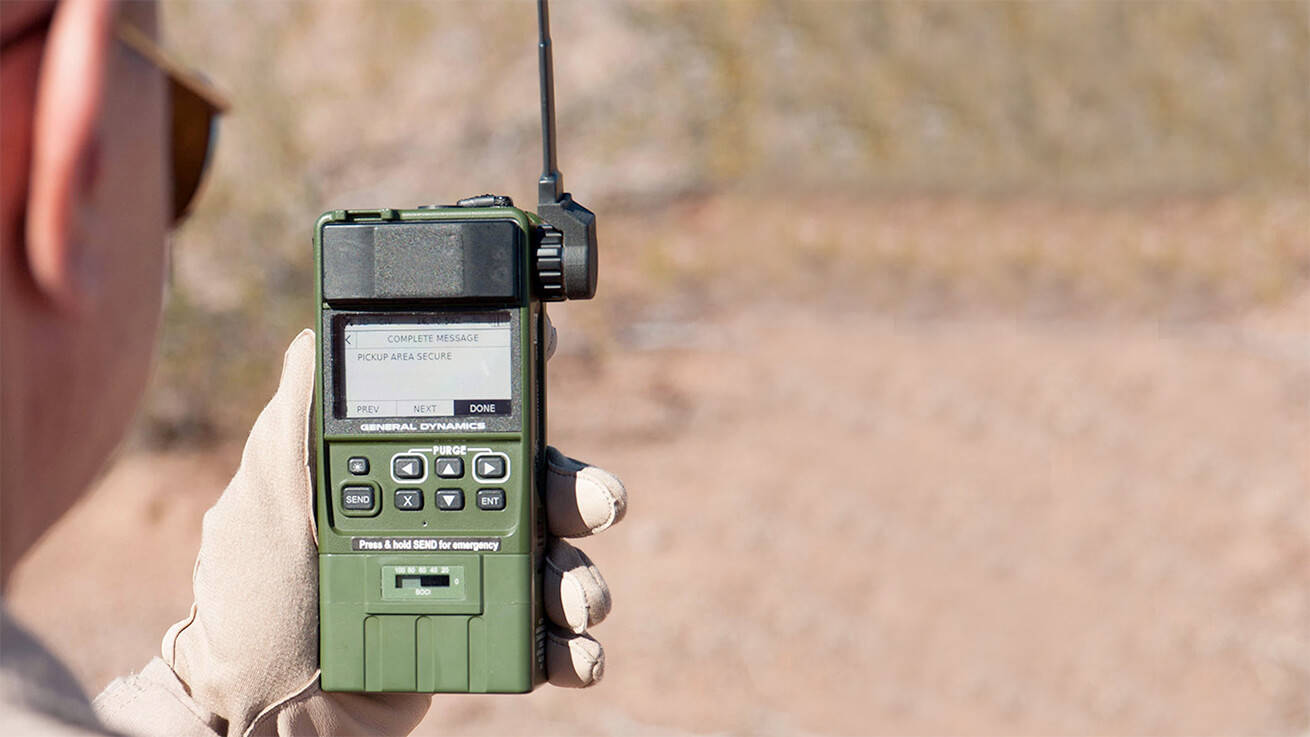 Radios - HOOK-3 Combat Survival Radio resized