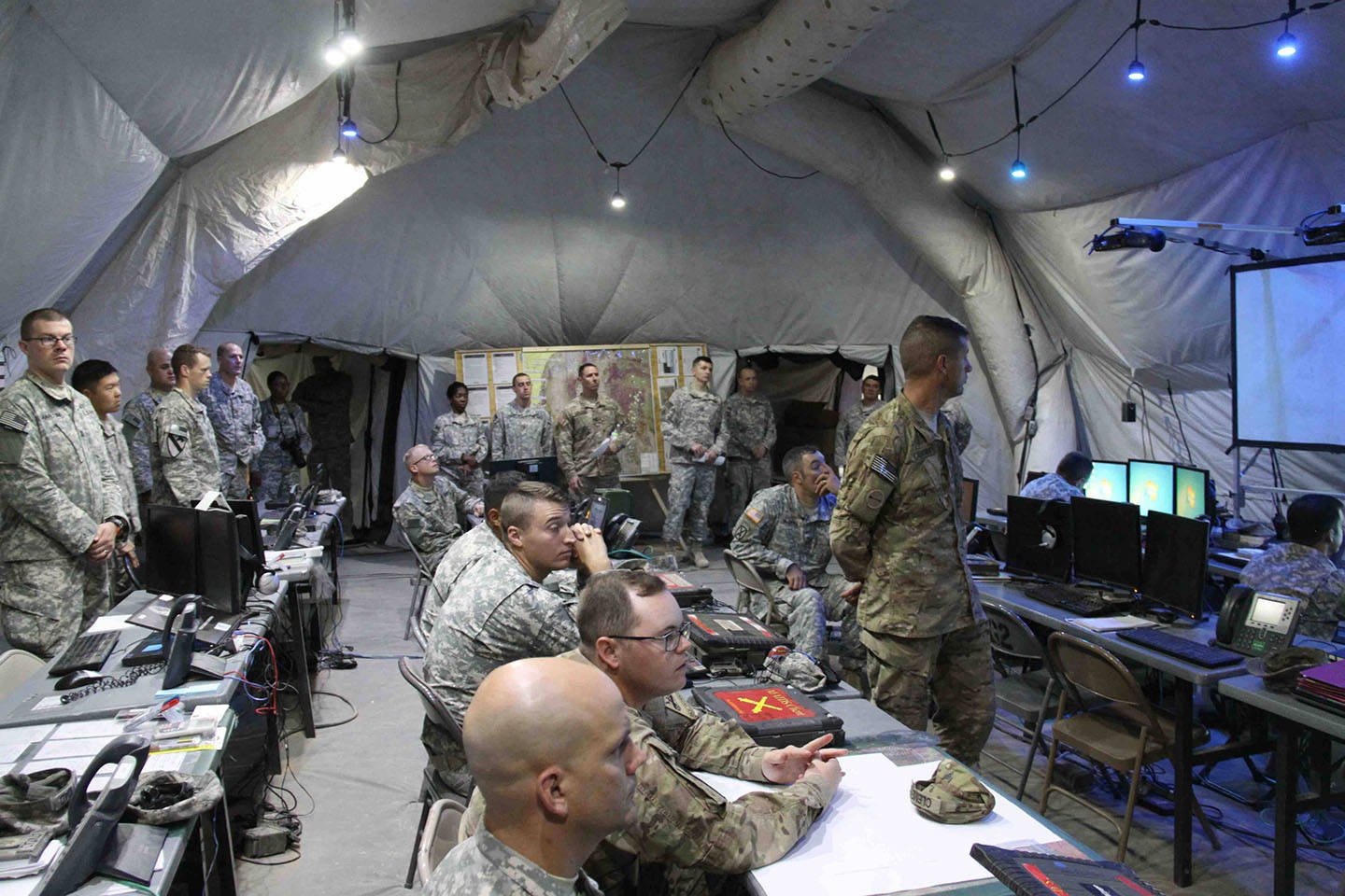2015 Sept - Army WIN-T Enables Mission Command and Command Post at NIE 16.1