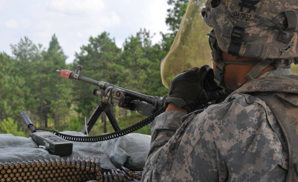 U S  Army: 101st Airborne Conducts Air Assault Training With