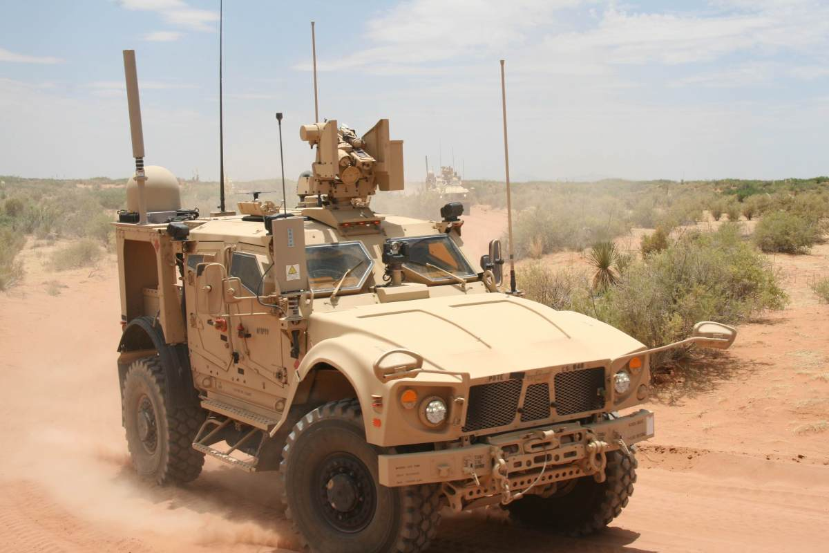 Army WIN-T Inc 2 On-The-Move at White Sands - January 2015