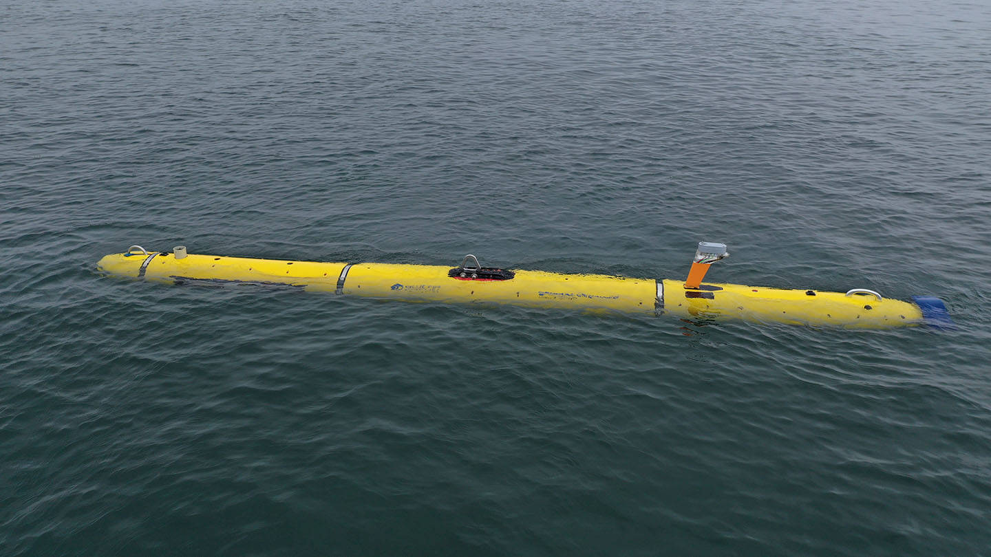 Redesigned Bluefin-12 UUV In Water 2