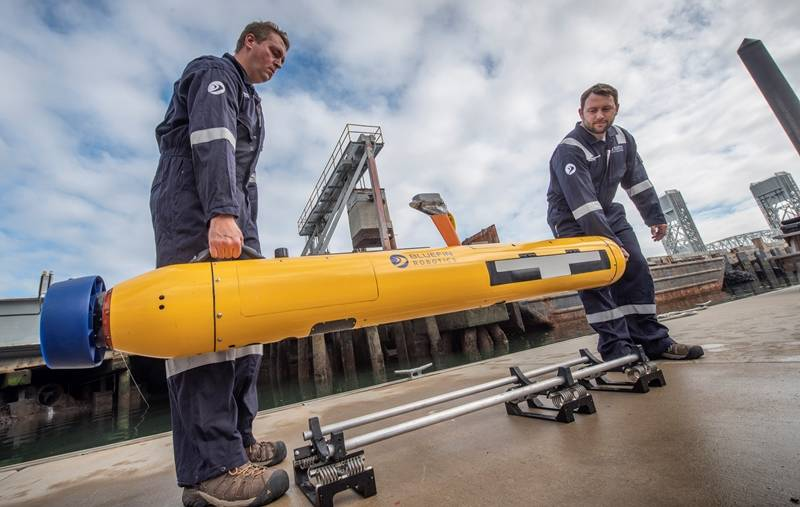 Bluefin-9-Two-Man-Portable-UUV