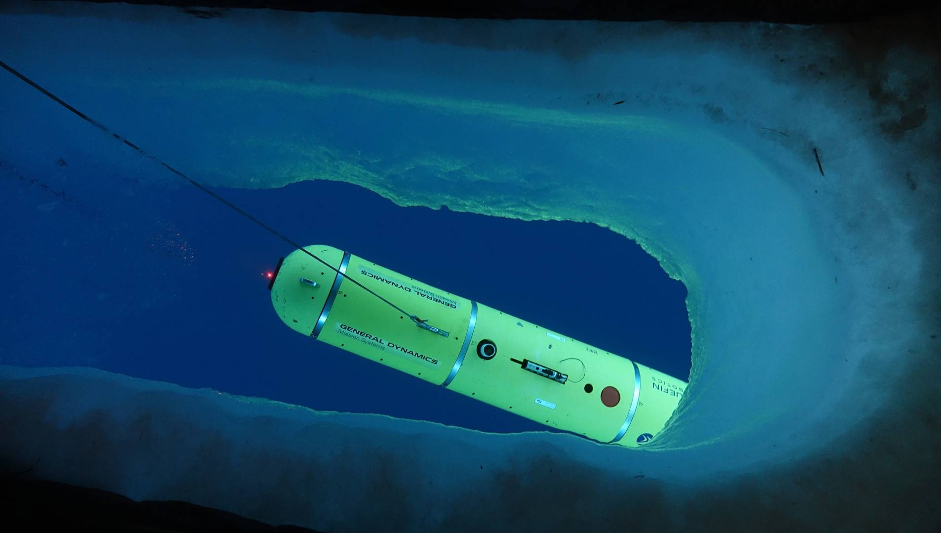 Bluefin UUV deep dive in ice at icex