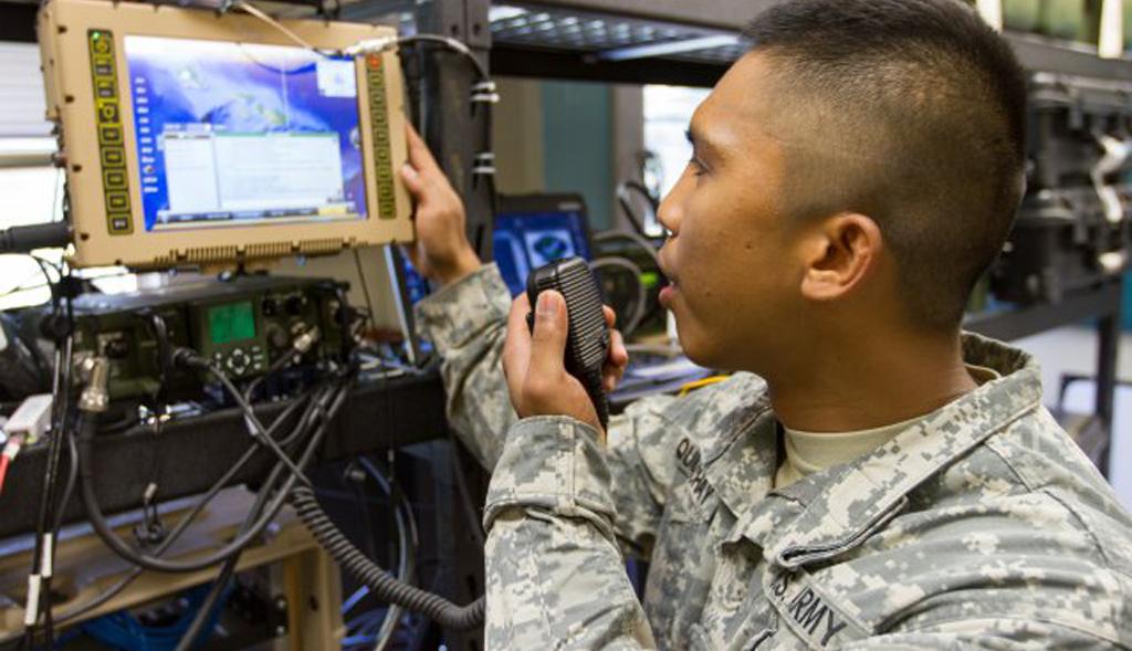 General Dynamics An Prc 155 Muos Manpack Radio And Muos