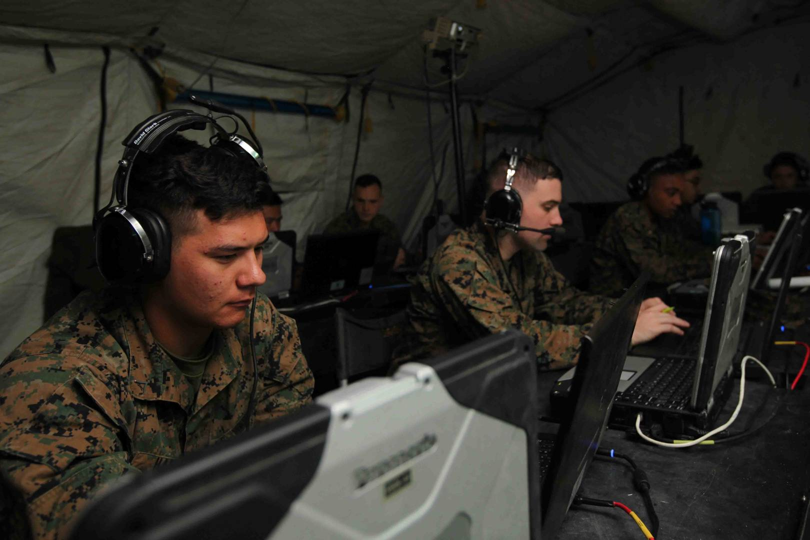 cac2s  improved command and control for marine corps air