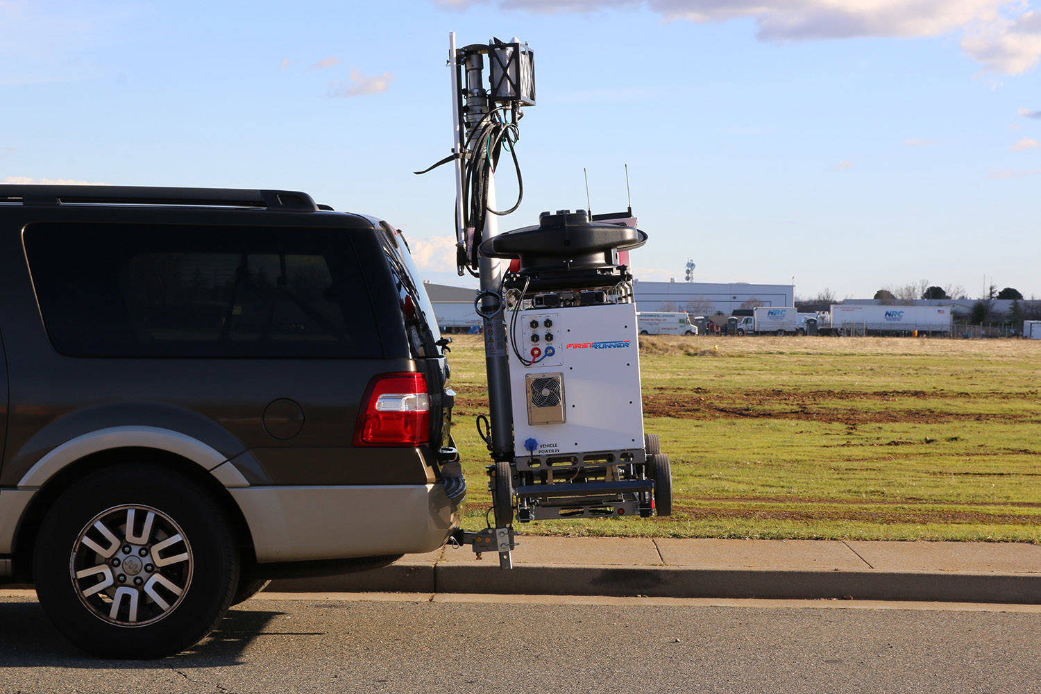 FirstRunner LTE Deployable FirstNet Cell On Wheels COW 4